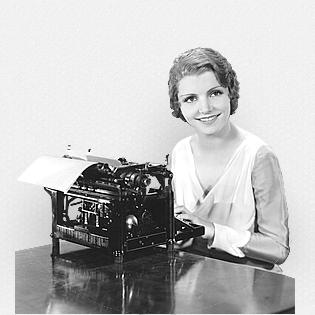 señorita escribiendo a máquina